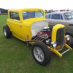 Old yella 32 ford coupe by hotrod