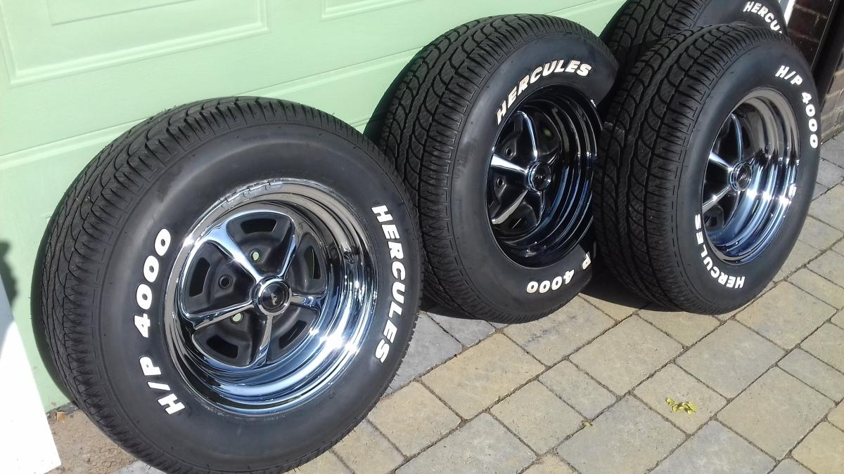 "Magnum 500 Wheels >> SOLD 14"" Magnum 500 wheels."