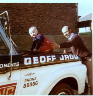 Click image for larger version.  Name:Geoff & Stewart Jago.jpg Views:189 Size:21.5 KB ID:42645